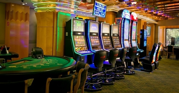 Need a Thriving Business? Deal with Online Casino!
