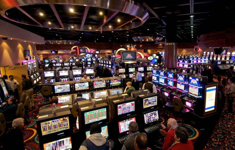 The Fundamentals Of Gambling That You Can Benefit From Starting At The Moment